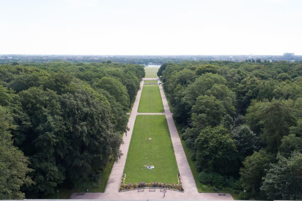 Hamburger Stadtpark - Sicht vom Planetarium
