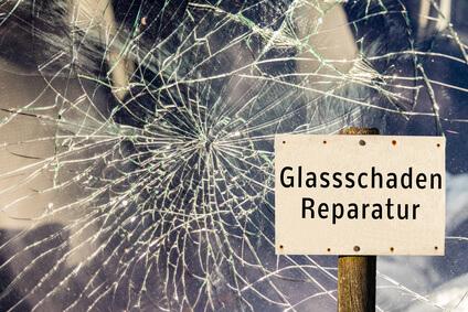Glassschaden Reparatur Schild